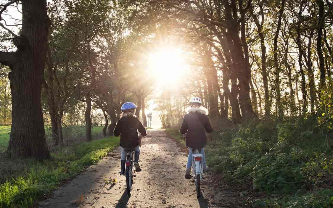 Where can you find the most beautiful cycle routes in Belgium? And which cycle paths are the most impressive? You can read it all in ETIKL Magazine.